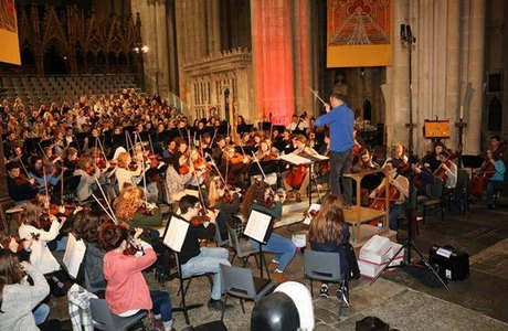 Hampshire and Germany in harmony to celebrate peace